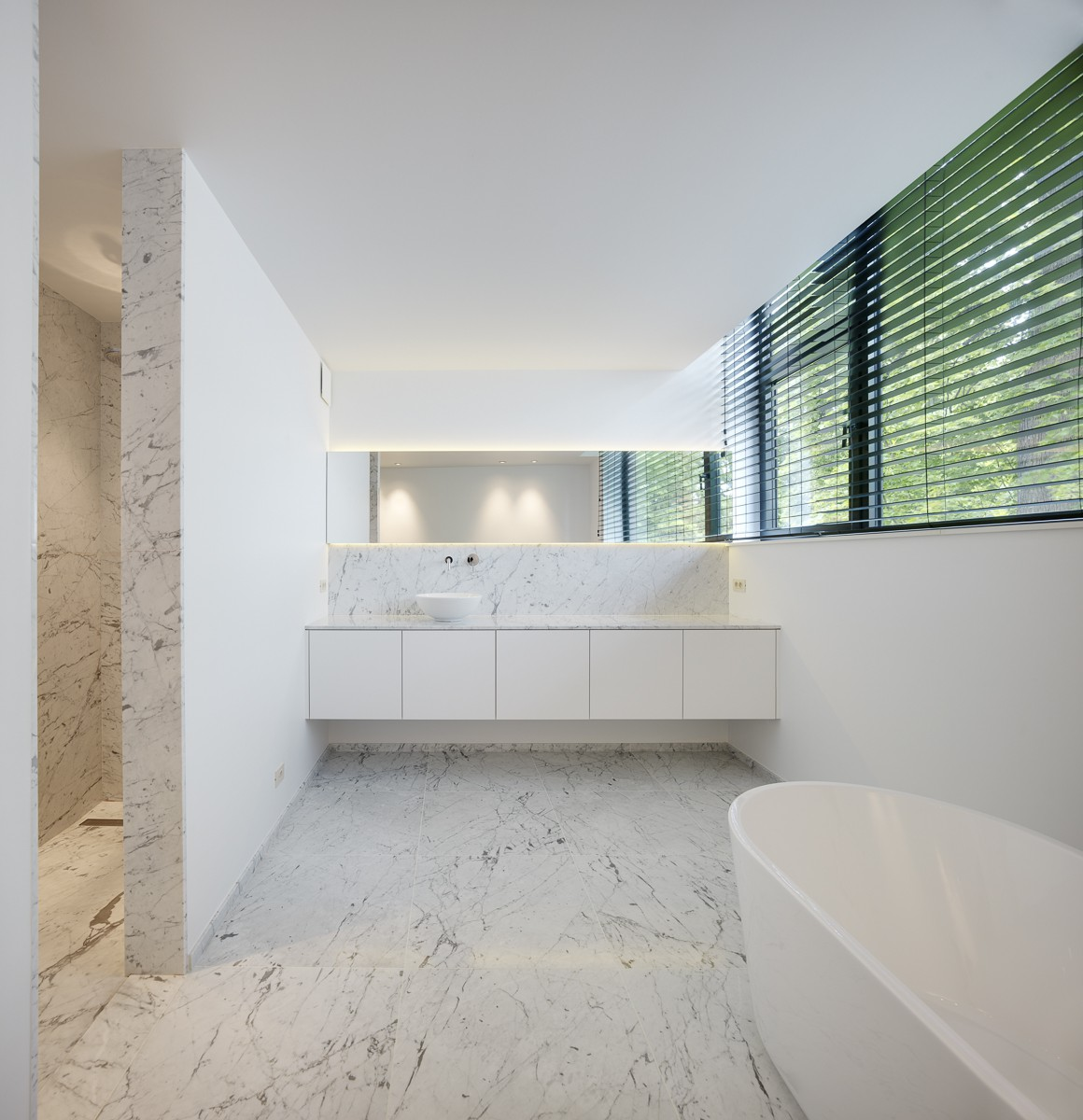 20170407&090025_Badkamer Witte Marmer ~ Badkamer in natuursteen witte marmer